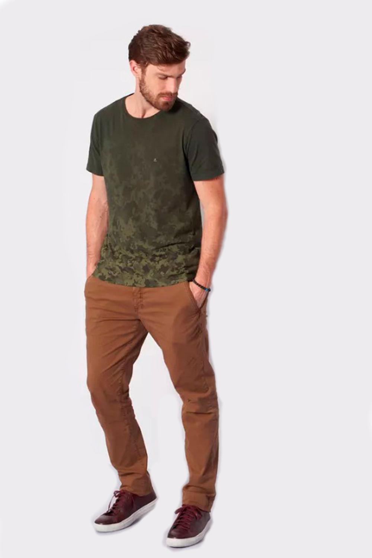 Camiseta Aramis Camuflado Degradê Verde - Carmim Modas 17edb0dbae255