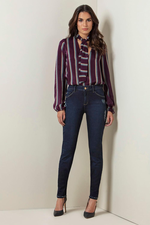 124d5dd77 Calça Jeans Lado Avesso Curve Skinny Azul - Carmim Modas